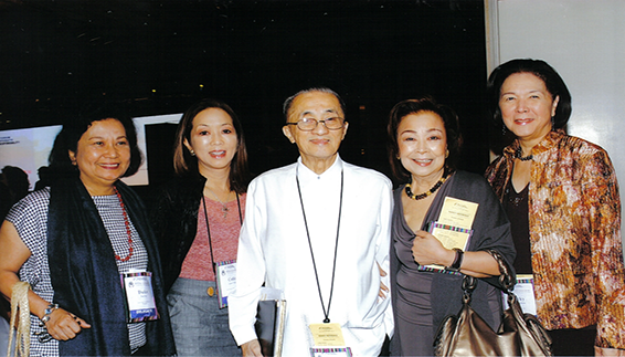 Chairman Oscar M. Lopez (center), president Cedie Lopez Vargas (2nd from left) and Dulce Festin-Baybay (leftmost), who represented LGFI at the AFCSR, are shown with League of Corporate Foundations CSR Institute founder Lydia Sarmiento-Enrile and former Ayala Foundation head Vicky Garchitorena