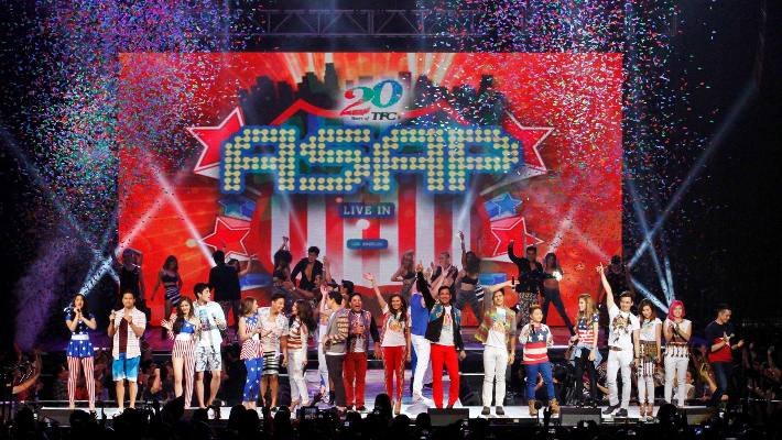 World-class talents at libu-libong Pinoy, nagsama-sama para sa TFC 20th anniversary sa ASAP Live in LA