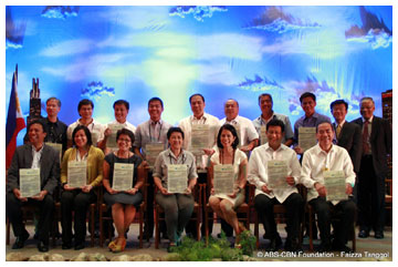 stakeholders-sign-historic-pasig-river-declaration